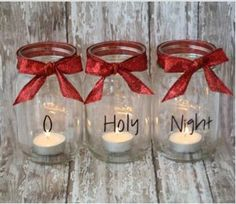 These Mason jar Christmas candles are so pretty and would be even easier to make using Avery clear full-sheet labels and free design software at avery.com/print.