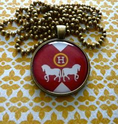 lovely vintage hermes necklace.  www.Nicker.com