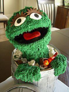 Oscar and trash can cake