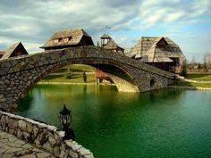 Bijeljina, Bósnia e Herzegovina Places Around The World, Around The Worlds, Places To Travel, Places To Visit, Roadtrip, Travel Bugs, Great Places, Amazing Places, Bosnia And Herzegovina