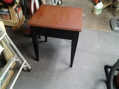Simple wooden table - Pine