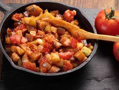Egy finom Cukkinilecsó ebédre vagy vacsorára? Cukkinilecsó Receptek a Mindmegette.hu Recept gyűjteményében! Salsa, Mint, Ethnic Recipes, Food, Essen, Salsa Music, Meals, Yemek, Eten