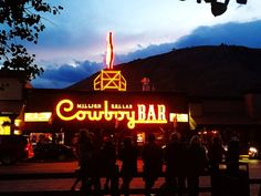 Jackson Hole, Wyoming City Guide - my favorite town from our cross-sountry road trip!