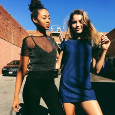 Moda Casual Friends Amigas Diversidad cultural Awesome  Handsome Cute Beautiful  Girls  Chicas Lindas Risas Laught