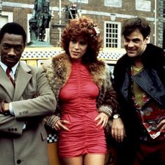 Jamie Lee Curtis, Eddie Murphy and Dan Akroyd in Trading Places Jamie Lee Curtis Young, Trading Places, Janet Leigh, Eddie Murphy, Mixtape, American Actress, Movie Stars, Actors & Actresses, Persona