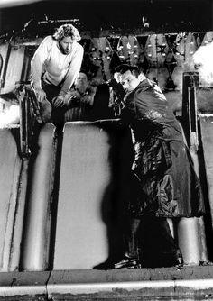 Blade Runner (1982). Ridley Scott Cinematography: Jordan Cronenweth Photo by: Stephen Vaughan