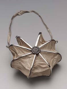 """Heptagonal bag 