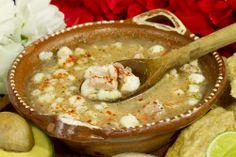 La mejor forma de disfrutar de #Acapulco, es saboreando sus exquisitos sabores. El #Pozole Blanco se prepara desde épocas prehispánicas, y sobrevive en la cultura de #Guerrero. http://www.bestday.com.mx/Acapulco/Restaurantes/