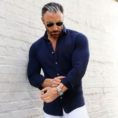 casual-outfits-for-men-over-40-24