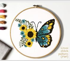 Butterfly Cross Stitch, Butterfly Embroidery, Cross Stitch Bird, Simple Cross Stitch, Cross Stitch Animals, Cross Stitch Flowers, Cross Stitching, Embroidery Hearts, Flower Patterns