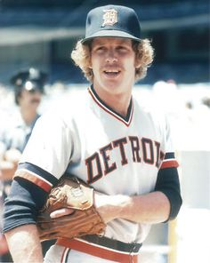 Detroit Tigers......MARK FIDRYCH. He was amazing. He changed baseball for a year.