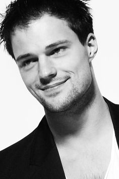 'Vampire Academy's' Danila Kozlovsky on Being a Russian in Hollywood: Cold War Is 'Still With Us' (Q&A)