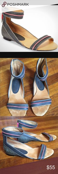 Lamb women's sandals size 6 1/2. Grey+pink = perfect color combination! These are cute, comfortable and perfect for the summer and professional enough to wear at work.  Moderate wear to the soles and insoles however in great preowned conditions throughout the exterior. Lamb Shoes Sandals