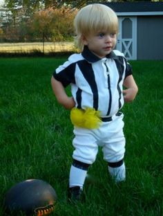 coolest homemade costumes for babies and toddlers in strollers crafty 2 the corediy galore pinterest homemade costumes for babies and babies - Infant Football Halloween Costume