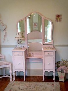 1000 Images About Antique Vanity On Pinterest Vanity Vanities And Vintage