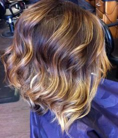 wavy stacked bob | Mid length wavy bob.