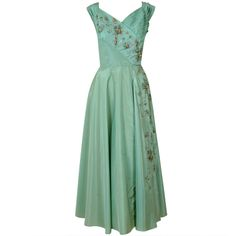1940's Gothe Mint-Green Beaded Metallic Taffeta Trained Tea-Gown