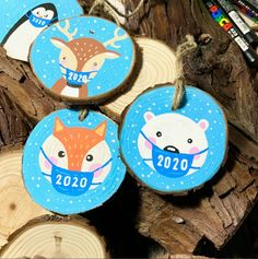These wood slice ornaments each feature a unique Christmas critter. Twine is attached so that you can hang these festive little animals from your tree. Diameter is about 2.5 inches. Choose which animal you'd like! Panda, Polar Bear, Flamingo, Fox, Reindeer, Penguin, and more! Choose accessories such as scarves and masks! Only $10. Custom animals (your pet!) for $23. Message me for other custom drawn woodslice ornaments. Follow me on Instagram @grissomd to see my latest art before it hits…