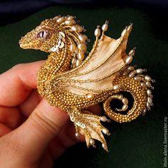 """Броши ручной работы. Ярмарка Мастеров - ручная работа. Купить Брошь дракон  """"Марго"""". Брошь бисер. Вышитый  дракончик. Золотой дракон. Handmade."""