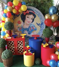 Snow White Birthday, Baby Birthday, Birthday Party Decorations, Party Favors, Babyshower, Red Accents, Princesas Disney, Princess Party, First Birthdays