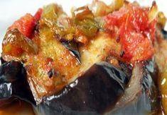 Patlıcan Silkme tam bir yaz yemeği. Çok lezzetli ve çok hafif. Yapımı da gayet kolay, at tencereye bitsin gitsin kıvamında. Buyrunuz yapılışı şu şekilde;