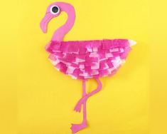 Paper Plate Flamingo Turn a paper plate construction paper and tissue paper into a feathered flamingo. Its a fun and inexpensive craft. The post Paper Plate Flamingo was featured on Fun Family Crafts. Paper Plate Art, Paper Plate Crafts, Paper Crafts For Kids, Craft Activities For Kids, Paper Plates, Arts And Crafts, Bird Paper Craft, Vocabulary Activities, Craft Ideas