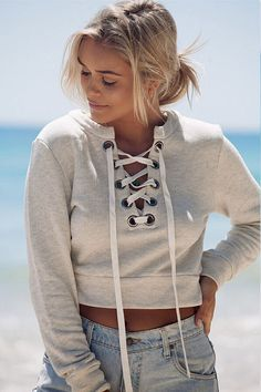 [ $20.00 ] Deep V long-sleeved casual sweater L90801