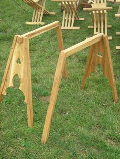 Tripod used under the table. Very popular in Middleages. Made of oak wood.The price is for 1 tripod. Folding Furniture, Wood Furniture, Furniture Online, Wood Projects, Woodworking Projects, Painted Table Tops, Medieval Crafts, Medieval Furniture, Campaign Furniture