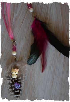 Hello Kitty / Feather extesion / clip / clip in door TwinkleHair