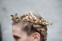 I can imagine using this idea to dress up a headband or barrette. In silver, or metallic navy. __ holiday leaf crown