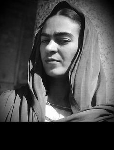 Su esencia on pinterest frida kahlo diego rivera and frida khalo