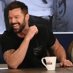 Ricky Martin, Gorgeous Men, Guys, My Love, Celebrities, Fictional Characters, Hot Guys, Celebs, Fantasy Characters