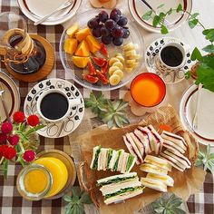 朝食  photo by @sato522521  #朝食 #朝ごはん #おうちごはん #おうちカフェ #丁寧な暮らし #北欧 #暮らしを楽しむ  #カステヘルミ #サンドイッチ #kurashiru朝ごはん  #instagramjapan #instafood #instapic  #foodphoto #foodpic  #breakfast #yummy #kurashiru #camera #olympus #onmytable #iittala #sandwich #fruits #coffee ---------- ハロウィンメイクやファッション、スイーツをみんなに共有しよう! 毎日1回「#KURASHIRUハロウィン」のハッシュタグのついた投稿の中から1枚お写真を厳選してKURASHIRUアカウントでご紹介します! ----------