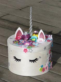 Boite à souvenirs Licorne ou cagnotte pour anniversaire theme