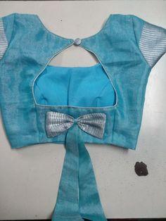Latest boat neck Blouse Designs - The handmade craft Blouse Back Neck Designs, Simple Blouse Designs, Stylish Blouse Design, Sari Blouse Designs, Blouse Simple, Kids Blouse Designs, Hand Designs, Sari Design, Designer Kurtis