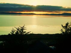 Dolphin View Holiday Properties - Stunning Portmahomack Sunsets taken by Sandra at the cottages #Portmahomack #Scotland