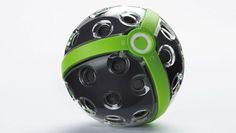 """3D-Kameraball """"Panono Explorer Edition"""". Insgesamt 36 Kameraugen sind im Panono-Ball integriert. Das sorgt für eine hohe Auflösung (ca. € 1.500,00)."""