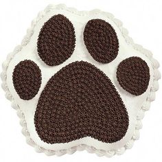 Paw Print Cake - No one will ever fill your baking footsteps after you serve this dimensional creation. Use piped chocolate icing to deliciously define toes and footpads on a white-iced Paw Print Pan cake. Delicious and delightful! Wilton Cakes, Cupcake Cakes, Bundt Cakes, Mini Cupcakes, Cake Cookies, Paw Print Cakes, Healthy Ground Turkey, Healthy Pizza Recipes, Chocolate Icing