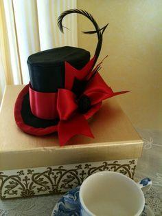 d algun modo me gustan estos pequeños sombreros