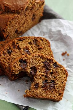 This variation include chocolate and pumpkin—and brown butter just pushes it over the edge. Get the recipe from Creme de la Crumb. Chocolate Bread Pudding, Moist Pumpkin Bread, Pumpkin Chocolate Chip Bread, Chocolate Butter, Pumpkin Beer, Canned Pumpkin, Pumpkin Puree, Fun Baking Recipes, Bread Recipes