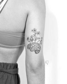 Brain Tattoo, Dna Tattoo, Head Tattoos, Mini Tattoos, Piercing Tattoo, Body Art Tattoos, Sleeve Tattoos, Tatoos, Piercings
