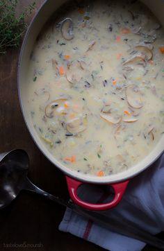 Mushroom and Wild Rice Soup | @tasteLUVnourish on www.tasteloveandnourish.com | #soup #healthy #mushrooms