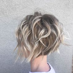 Tender Feathered Blonde Pixie Bob for thin hair fine wavy bobs 60 Short Shag Hairstyles That You Simply Can't Miss Pixie Bob Haircut, Short Shag Hairstyles, Hairstyles 2018, Pixie Haircuts, Formal Hairstyles, Haircut Long, Beach Hairstyles, Boy Haircuts, Fashion Hairstyles