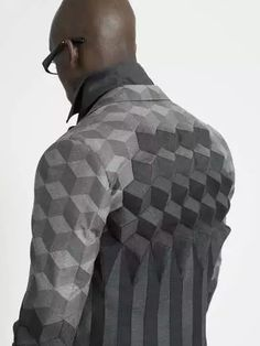 Ichiro Suzuki's RCA Graduate Collection - Fashion designers already work in three dimensions; however, you might doubt that once you set eyes on Ichiro Suzuki's RCA Graduate Collectio. Fashion Moda, Mens Fashion, Fashion Menswear, Boy Fashion, Fashion Art, Ichiro Suzuki, 3d Mode, Geometric Fashion, Geometric Prints