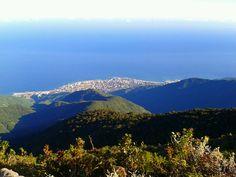 Vista desde Lagunazo. El Avila en Caracas, Venezuela