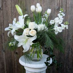 Centerpiece in Winter White - Brandywine Medley - Chadds Ford, Pa.