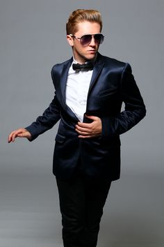 This is a great fit... a modern take on a tux??  Travis_Wall_Approved_Photo1.jpg (1200×1800)