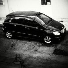 Black in Black Mercedes Benz B200, Poses, Color Negra, Vehicles, Car, Black, Templates, Figure Poses, Automobile