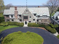Mountain View Mansion, a Luxury Home for Sale in Lewiston, New York -  | Christie