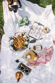 When we sat down to eat after photographing the perfect al fresco feast annoyingly the food was plastic Picnic Date, Beach Picnic, Brunch, Food Styling, Summertime, Caramel, Food Photography, Fancy, Create